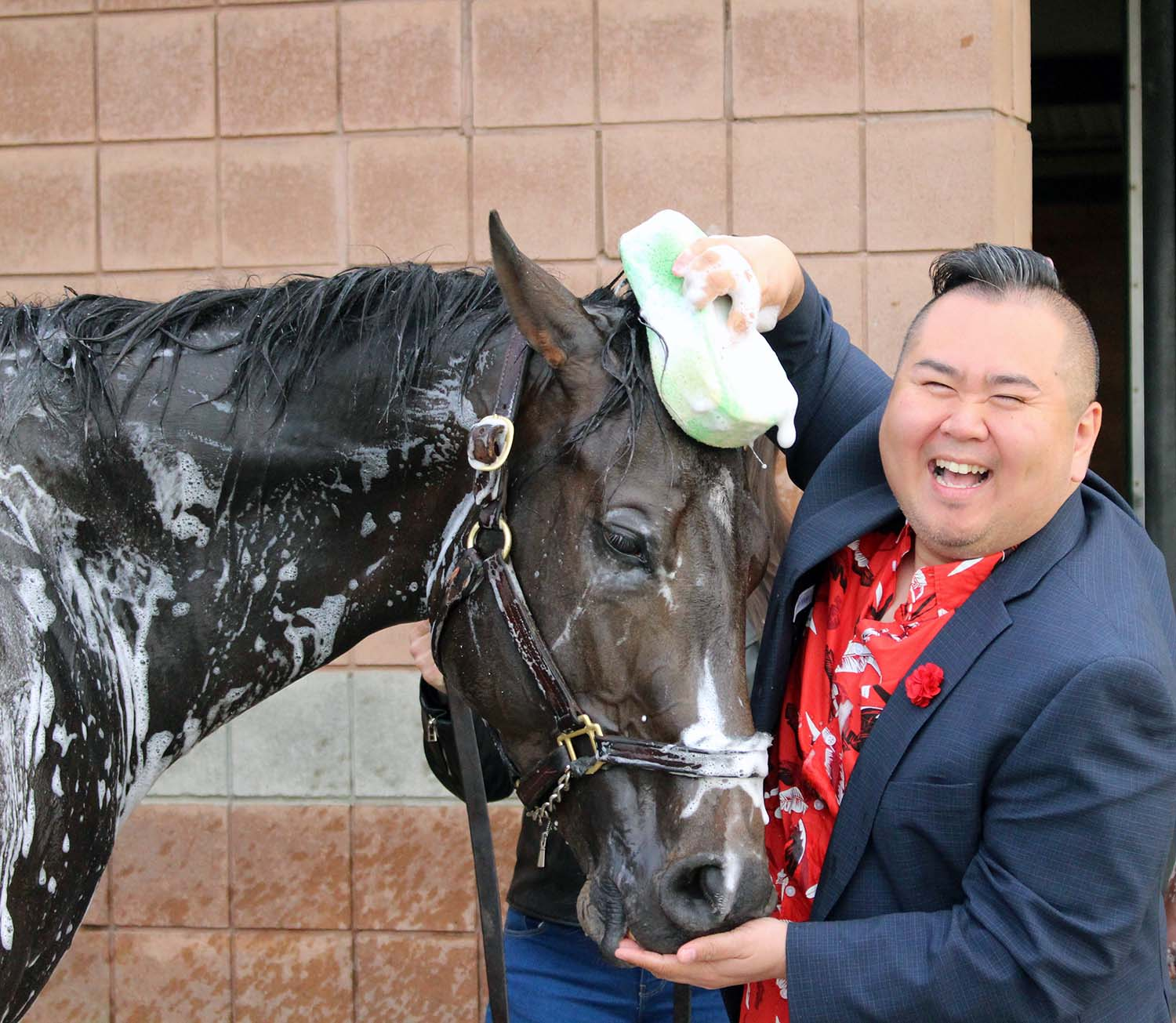 Bath time for Neepawa! (Keith McCalmont Photo)